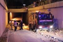 ALTUNIZADE - Kontrolden Çıkan Araç Tünel Yoluna Uçtu Açıklaması 3 Yaralı