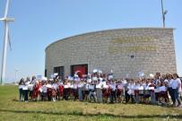 TEMİZ ENERJİ - Öğrencilere Rüzgar Enerjisini Tanıttılar