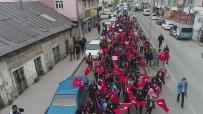 CUMHURİYET ALTINI - Sarıkamış'ta Öğrenciler Şehitleri İçin Yürüdü