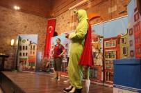 MUSTAFA DÜNDAR - Tiyatro Oyunu İle Geri Dönüşüme Dikkat Çektiler