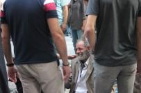 KOAH - Yaşlı Adam Bir Anda Yere Yığıldı