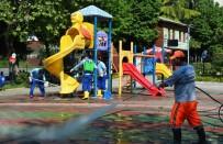 DEZENFEKSİYON - Bağcılar'da Çocuk Oyun Grupları Dezenfekte Edilerek Hijyenik Hale Getirildi