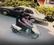 KAPKAÇ - Çalıntı Motosikletle Kapkaç Yaptılar