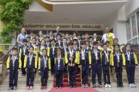 RECEP ÖZTÜRK - Gaziantep Kolej Vakfı Yüzücülerine Madalya Yağdı
