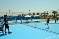 AHMET YıLMAZ - Geleceğin Tenisçileri Eğitimlerini Didim'de Aldı