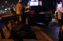 HATALı SOLLAMA - İstanbul'da Feci Kaza Açıklaması 1 Ölü, 1 Yaralı