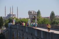 SELIMIYE CAMII - 'Sınırlı Dostluk' Maratonu!