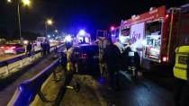 LÜTFİ KIRDAR - Tuzla'da Trafik Kazası Açıklaması 1 Ölü 1 Yaralı