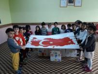 Ağrı'da Anaokulu Öğrencileri Mehmetçiğe Mektup Ve Hediyeler Gönderdi