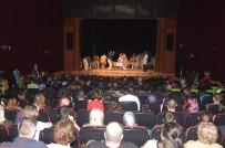 BURSA DEVLET TIYATROSU - 'Deliler Bayramı' Seyirciyle Buluştu