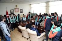 Futbolcular, Başkan Barakazi'yle Bir Araya Geldi