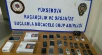 Hakkari'de Kaçak Sigara Ve Kol Saatleri Ele Geçirildi