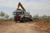 İBRAHIM KARA - Haliliye Belediyesi, İlçenin Yol Ağını Genişletiyor
