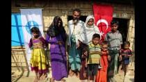 ARAKANLI MÜSLÜMANLAR - İzmirli Öğrencilerden Arakanlı Müslümanlara Ev Desteği
