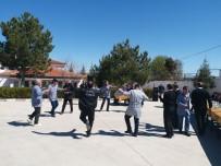 EĞITIM BIR SEN - Kadro Sevincini Kaşık Oyunuyla Kutladılar