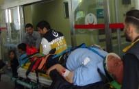 ZABITA MEMURU - Kamyona Çarpan Motosikletin Sürücüsü Yaralandı