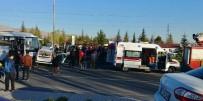 Niğde'de Hafif Ticari Araç İle Minibüs Çarpıştı Açıklaması 4 Yaralı