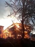 AHŞAP EV - Yaşlı Kadın Yangında Hayatını Kaybetti