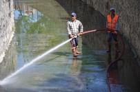 HAVA SICAKLIKLARI - Bozüyük'te Açık Kanallar Temizleniyor