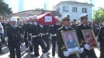 DURSUN ÇIÇEK - Emekli Oramiral Özden Örnek Son Yolculuğuna Uğurlandı