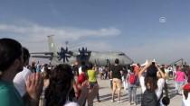 UÇUŞ GÖSTERİSİ - Havacılık Sektörü Antalya'da 12 Milyar Dolarlık Anlaşmaya İmza Attı