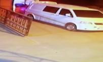 HIRSIZLIK ÇETESİ - Hırsızlar Minibüsü Soyarken Fark Edilince Apar Topar Kaçtı