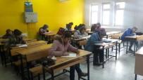 ÇOCUK EĞİTİMİ - Kula'da Veliler Sınavda Ter Döktü