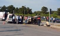 Otomobil İle Cip Çarpıştı Açıklaması 1 Ölü, 4 Yaralı
