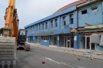 SÜLEYMAN SOYLU - Yarım Asırlık Spor Salonu Yıkılıyor