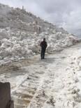 Ağrı'da 2 Bin 700 Rakımlı Bölgede Yollar Açıldı