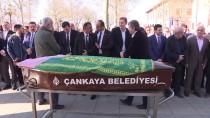 BÜLENT ARINÇ - Ahmet Tekdal'ın Eşi Son Yolculuğuna Uğurlandı