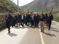 MEHMET ÖZCAN - Bahçesaray'da KOAH'a Dikkat Çekmek İçin Yürüyüş Düzenlendi