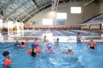 KIŞ MEVSİMİ - Binlerce Kişi Yaz Kış Spor Yapıyor
