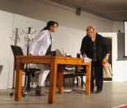 SEÇME VE SEÇİLME HAKKI - Sarıgöl'de Ev Hanımlarından Tiyatro