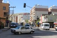 Silvan'da Sinyalizasyonlu Trafik Işığı Yapıldı
