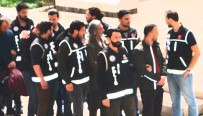 FETÖ'den 23 Kişi Gözaltına Alındı
