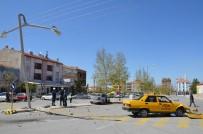Karaman'da Otomobiller Çarpıştı Açıklaması 2 Yaralı