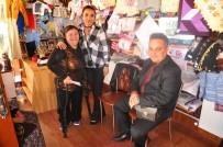 ÇAĞATAY HALIM - Kaymakam Halim'den 'Engelli Hanımeli Pazarı'na Ziyaret