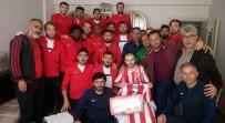 Nevşehirsporlu Futbolcular Afrin Gazisi Didinmez'i Ziyaret Etti