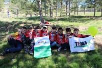 Sungurlu'da Öğrenciler Fidan Dikti