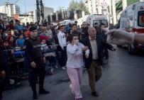 İTFAİYE MERDİVENİ - Yangın Sonrası Hasta Tahliyeleri Devam Ediyor