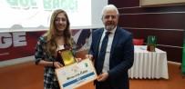YEŞILAY CEMIYETI - Yarışmada Birinci Olan Öğrenciler Ödüllendirildi