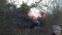 BAHAR TEMİZLİĞİ - Akçakoca'da Çıkan Yangın Büyümeden Söndürüldü