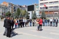 Akdağmadeni Belediye Personeli Kadroya Geçişi Halay Çekerek Kutladı