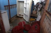 MIDYE DOLMA - Antalya'da Zabıtadan Küflenmiş Midye Ve Pilav Operasyonu