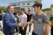 AHMET DOĞAN - Başkan Piriştina Futbolculara Moral Verdi, Prim Dağıttı