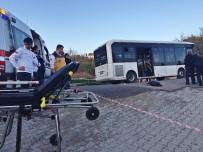 SADIK AHMET - Belediye Otobüsünün Altında Kalan Çocuk Hayatını Kaybetti