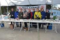 Biga'da Karateciler Yararına Kermes Düzenlendi