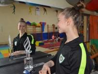 MILLIYET GAZETESI - Cimnastiğin Altın Kızı Onbaşı'nın Gözü Yine Dünya Şampiyonluğunda