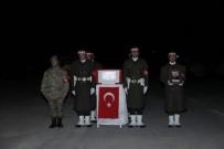 HAKKARİ VALİSİ - Çukurca'da Şehit Olan 2 Asker İçin Tören Düzenlendi